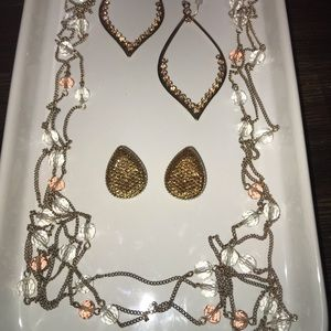 Jewelry - Peach/pink Beaded Necklace w/ 2 Pairs of Earrings